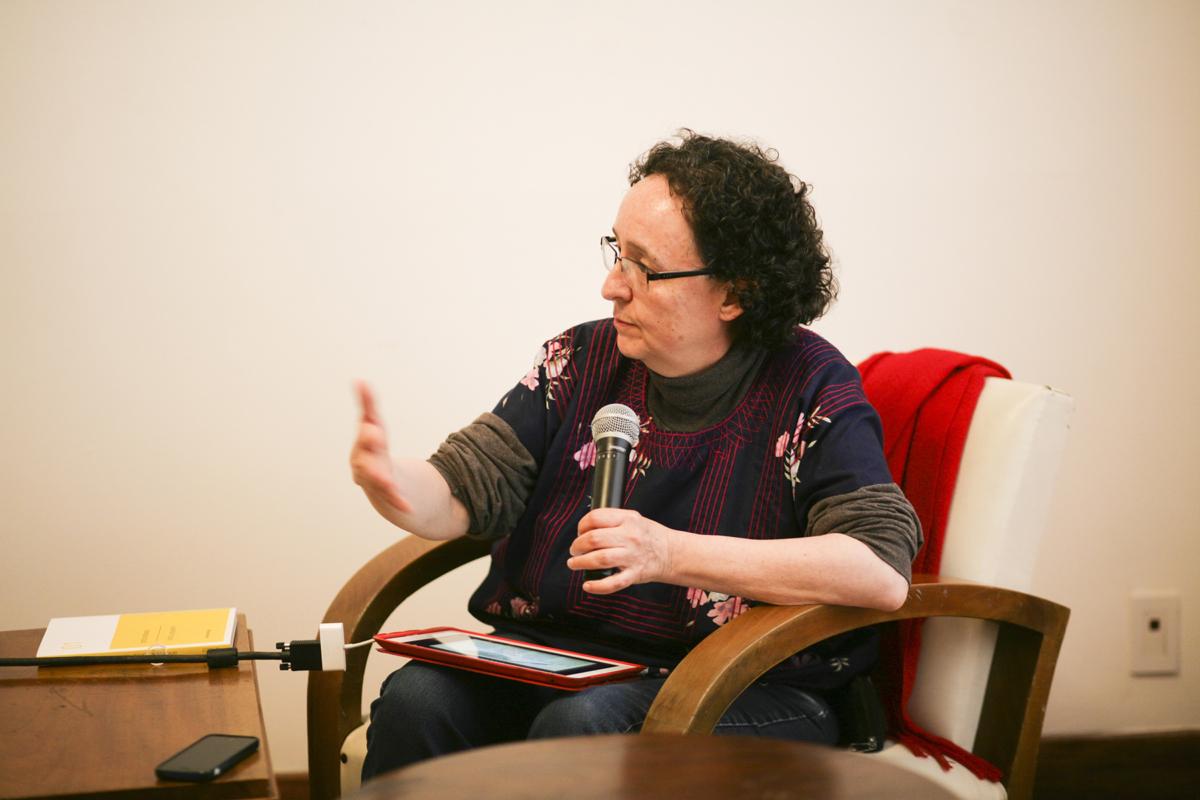 Una educación amorosa. Pedagogías artísticas desde los feminismos. A cargo de Mónica Mayer.